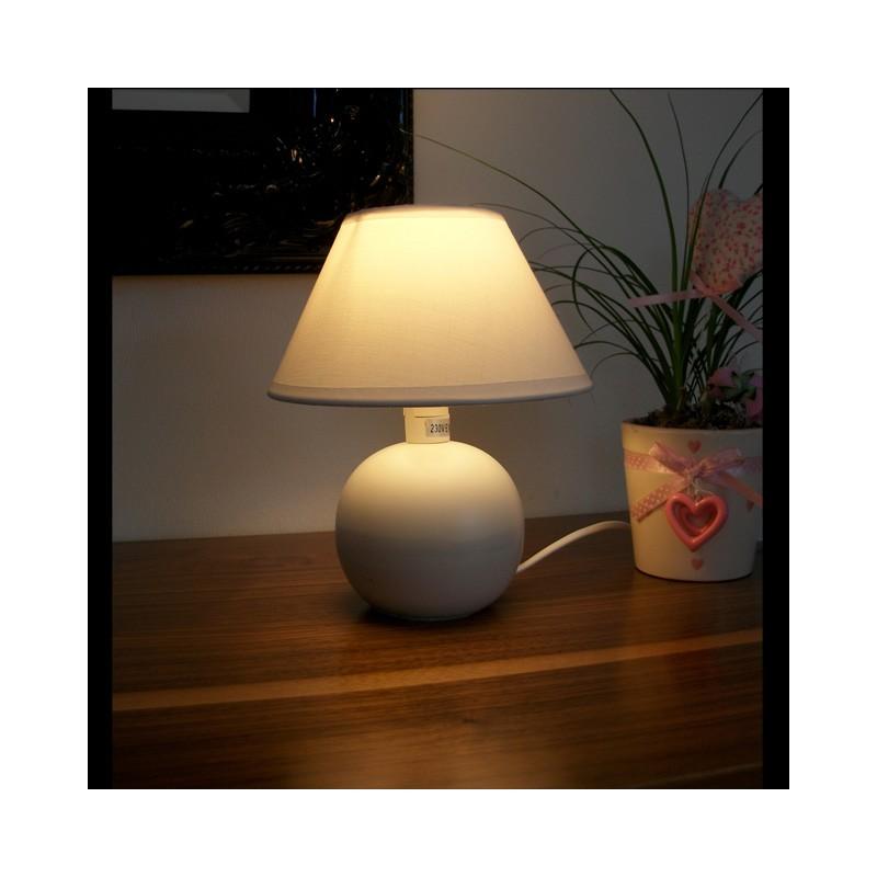 kleine tischleuchte weiss keramik stoff 230v e14 tischlampe fenster l. Black Bedroom Furniture Sets. Home Design Ideas